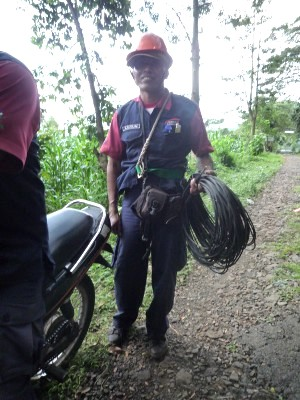 Laying new internet cables for Camp Sambel