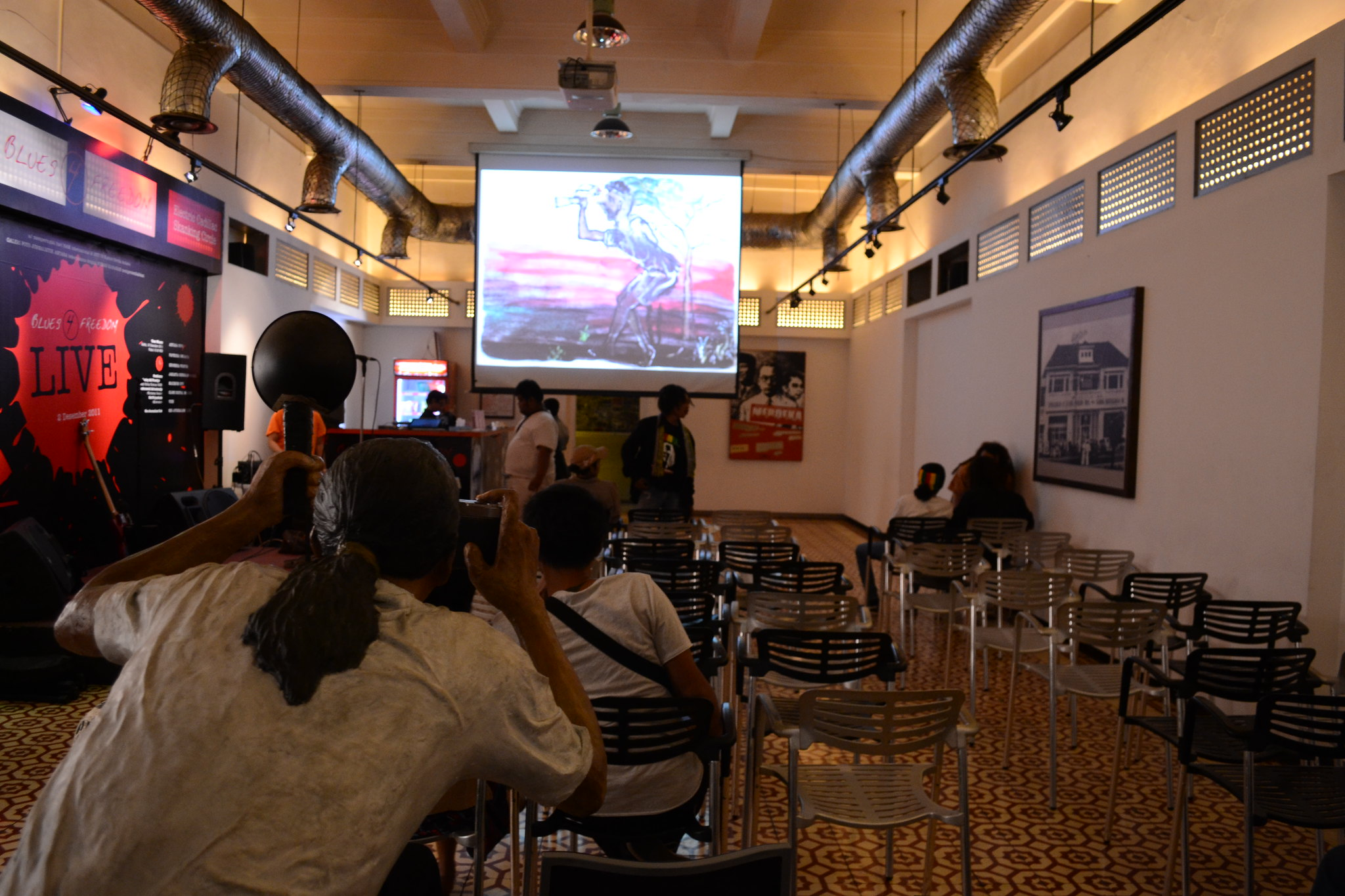 Setting the stage. The screening of Papuan Voices Film at Neo Journalism Club, Jakarta, Indonesia.