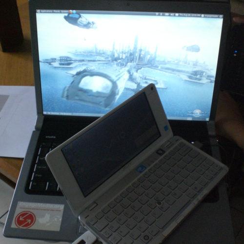 Anata's tiny laptop on EM-laptop